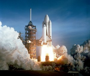 Space_Shuttle_Columbia_launching (1)